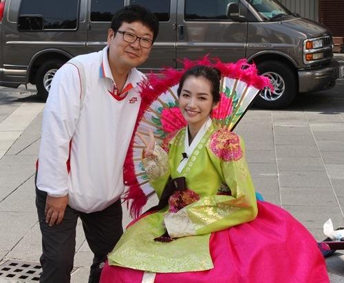 Ngây ngất trước vẻ dịu dàng, nữ tính của mĩ nhân Việt khi diện hanbok - Tin sao Viet - Tin tuc sao Viet - Scandal sao Viet - Tin tuc cua Sao - Tin cua Sao