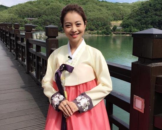 Jennifer Phạm diện trang phục Hanbok xinh tươi như Hoa hậu Hàn. - Tin sao Viet - Tin tuc sao Viet - Scandal sao Viet - Tin tuc cua Sao - Tin cua Sao