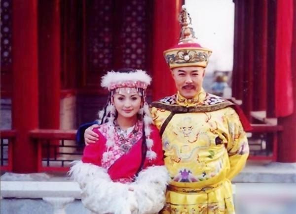 Dù chỉ xuất hiện ở vài tập phim nhưng công chúa Hàm Hươngkhiếnhàng triệu khán giả xem đài si mê với nhan sắc và mùi hương của mình.