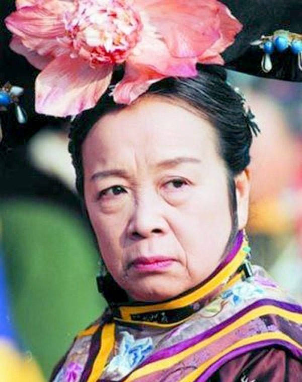Hoàn Châu Cách Cách - những câu chuyện buồn giờ mới kể