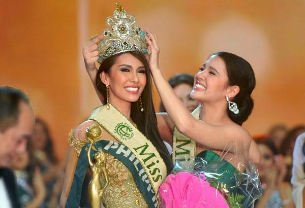 Dù có khâu tổ chức, chất lượng ngày càng tệ hại nhưng giá để mua ngôi vị Hoa hậu Trái đất lên đến 4 triệu đô-la (tươn đương gần 90 tỉ đồng). Chính vì thế, những năm gần đây, Philippines luôn giữ được chiếc vương miện vì không ai buồn mua danh hiệu cao nhất.