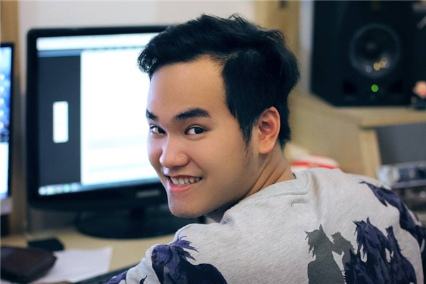 Nhà sản xuất âm nhạc, nhạc sĩ Khắc Hưng
