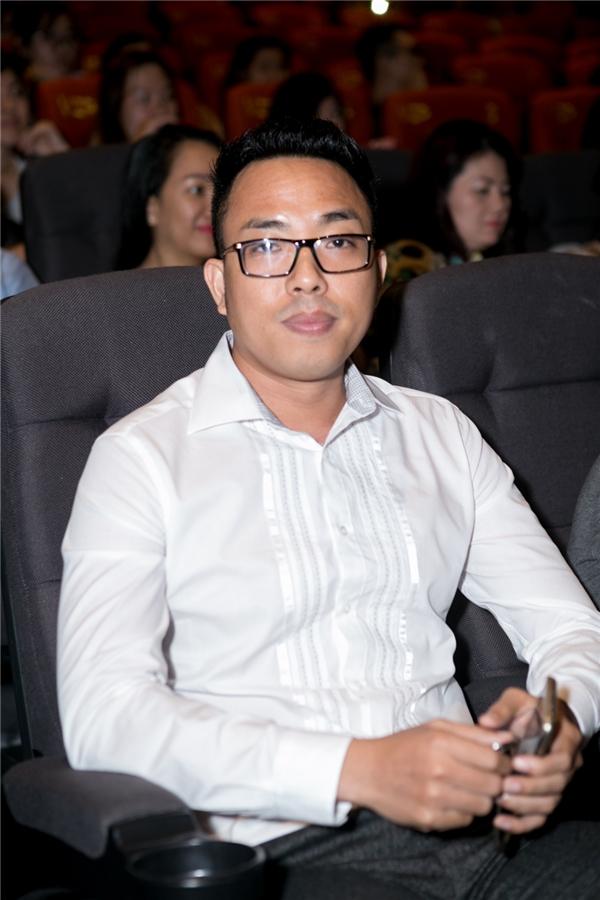 Nhạc sĩ Nguyễn Hồng Thuận - Tin sao Viet - Tin tuc sao Viet - Scandal sao Viet - Tin tuc cua Sao - Tin cua Sao