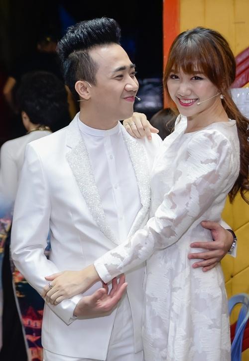 """Theo nhiều nguồn tin đồn đại, một hôn lễ hoành tráng và đẳng cấp thuộc dạng """"số má"""" trong làng giải trí sẽ được cử hành vào dịp cuối năm. - Tin sao Viet - Tin tuc sao Viet - Scandal sao Viet - Tin tuc cua Sao - Tin cua Sao"""