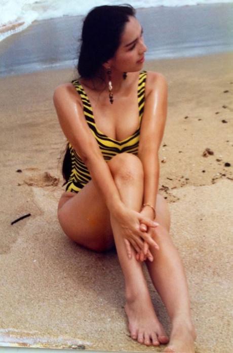 Hình ảnh thuở xuân thì của diễn viên Diễm My chắc chắn sẽ khiến nhiều cô gái thầm ao ước. Bức ảnh này được chụp cách đây hơn 30 năm.