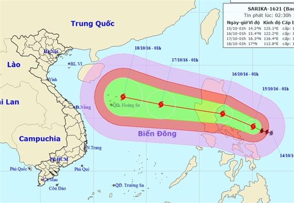Theo Trung tâm Dự báo Khí tượng Thủy văn Trung ương, hồi 1h ngày 15/10, vị trí tâm bão Sarika ở vào khoảng 14,2 độ Vĩ Bắc; 125,1 độ Kinh Đông, cách đảo Lu Dông (Philippines) khoảng 440 km về phía Đông Đông Nam.