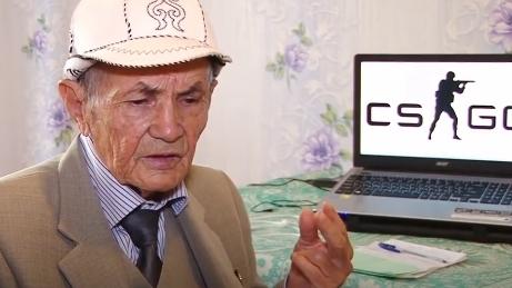 CụAlashbaev tập luyện chơi game bắn súng chỉ trong vòng 2 tháng. (Ảnh: internet)
