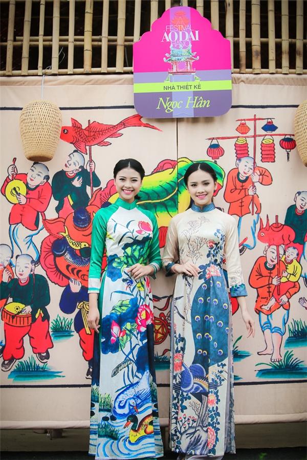 Hai người đẹp khá thân thiết với đàn chịNgọc Hân và được Hoa hậu Việt Nam 2010hỗ trợ nhiều trong công việc.