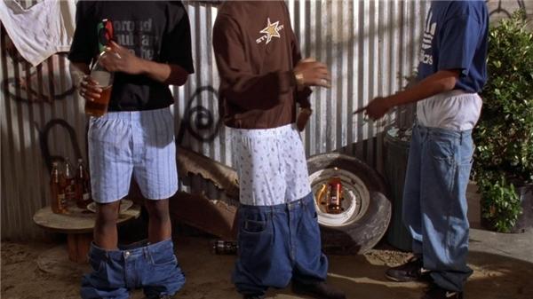 """3 cấp độ cơ bản của thời trang """"quần tụt"""" là đây.."""
