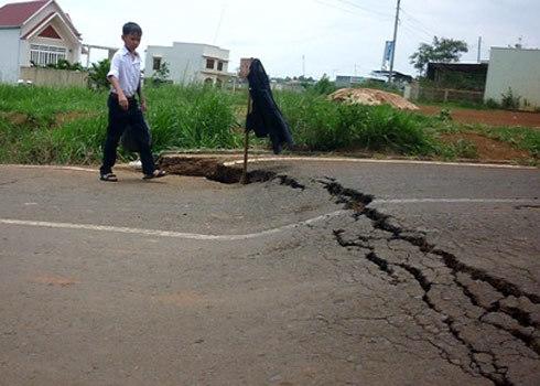 Thời gian gần đây, nhiều trận động đất liên tiếp xảy ra tại nhiều khu vực.