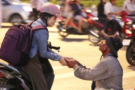 Người Sài Gòn có cái đặc sản là tính hào sảng đó!(Ảnh minh họa - Nguồn: Internet)