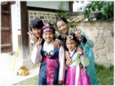 """""""Thái giám"""" Kim Yoo Jung và duyên phận với các A Ca trong Moon Lovers"""