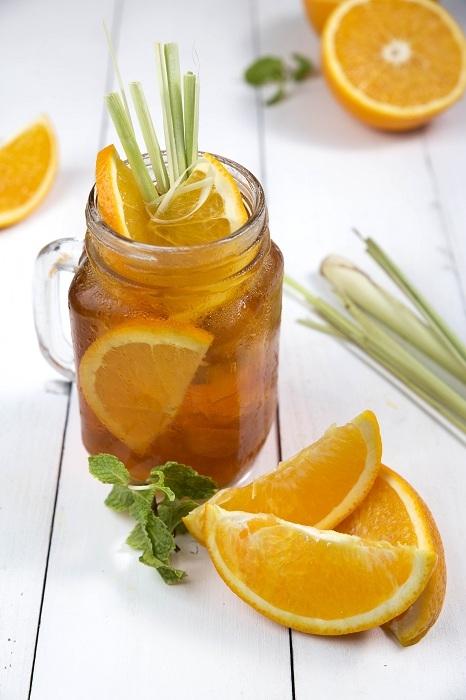 Trà cam sả đào ngon ngất ngây.