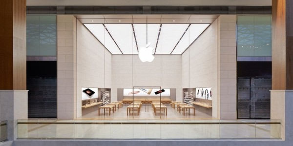 Cùng khám phá Apple Store siêu lớn, siêu sang ở Dubai