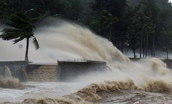 Sức gió mạnh nhất ở vùng gần tâm bão mạnh cấp 13 (135-150km/giờ), giật cấp 16.(Ảnh: Internet)