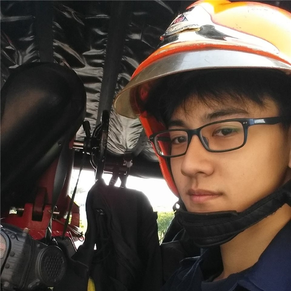 Lee Minwei hiện đang còn độc thân và chỉ muốn tập trung cho công việc.