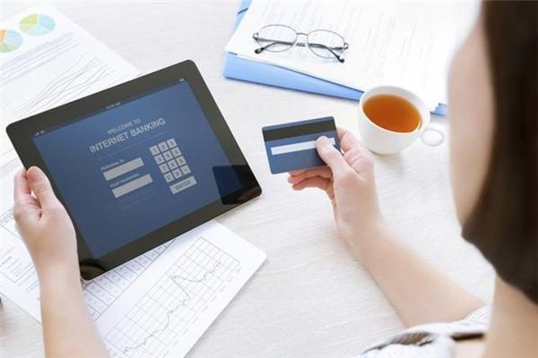 Kinh nghiệm xương máu để tránh bị sập bẫy khi mua hàng online