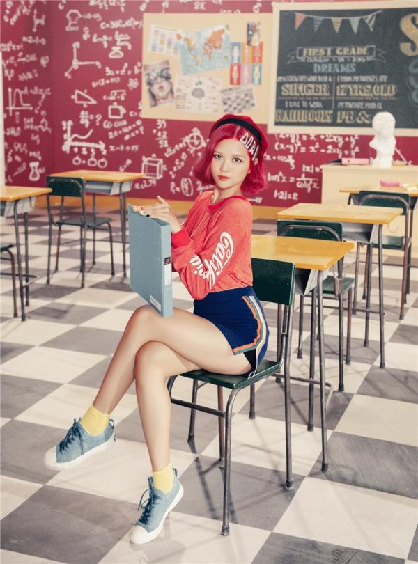 Suni Hạ Linh gây bất ngờ với tóc hồng rực, khoe vũ đạo cực chất