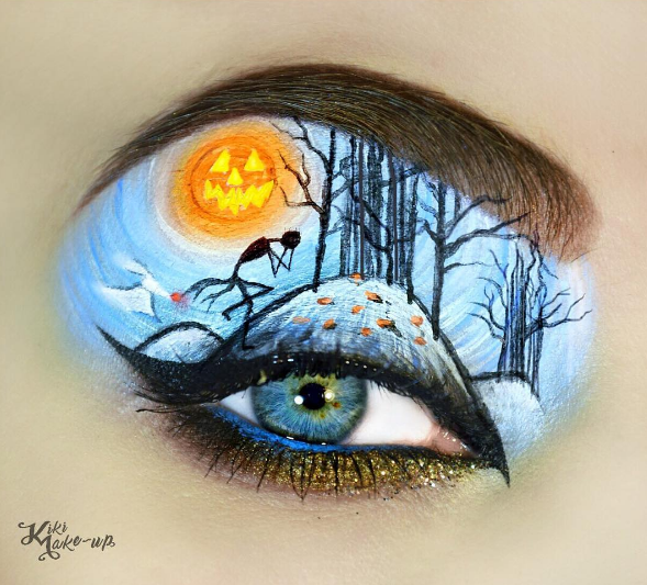 Phong cách trang điểm có yếu tố địa ngục đang là xu hướng của Halloween năm nay.