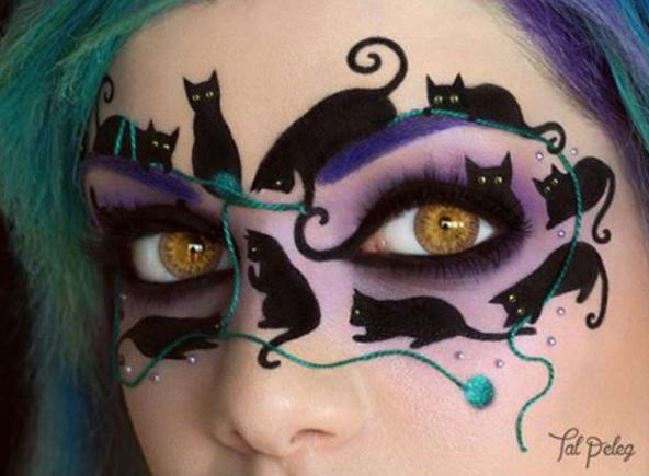 Chỉ cần kết hợp với cặplens vàng, bạn chính là nữ chúa mèo của đêm hội.