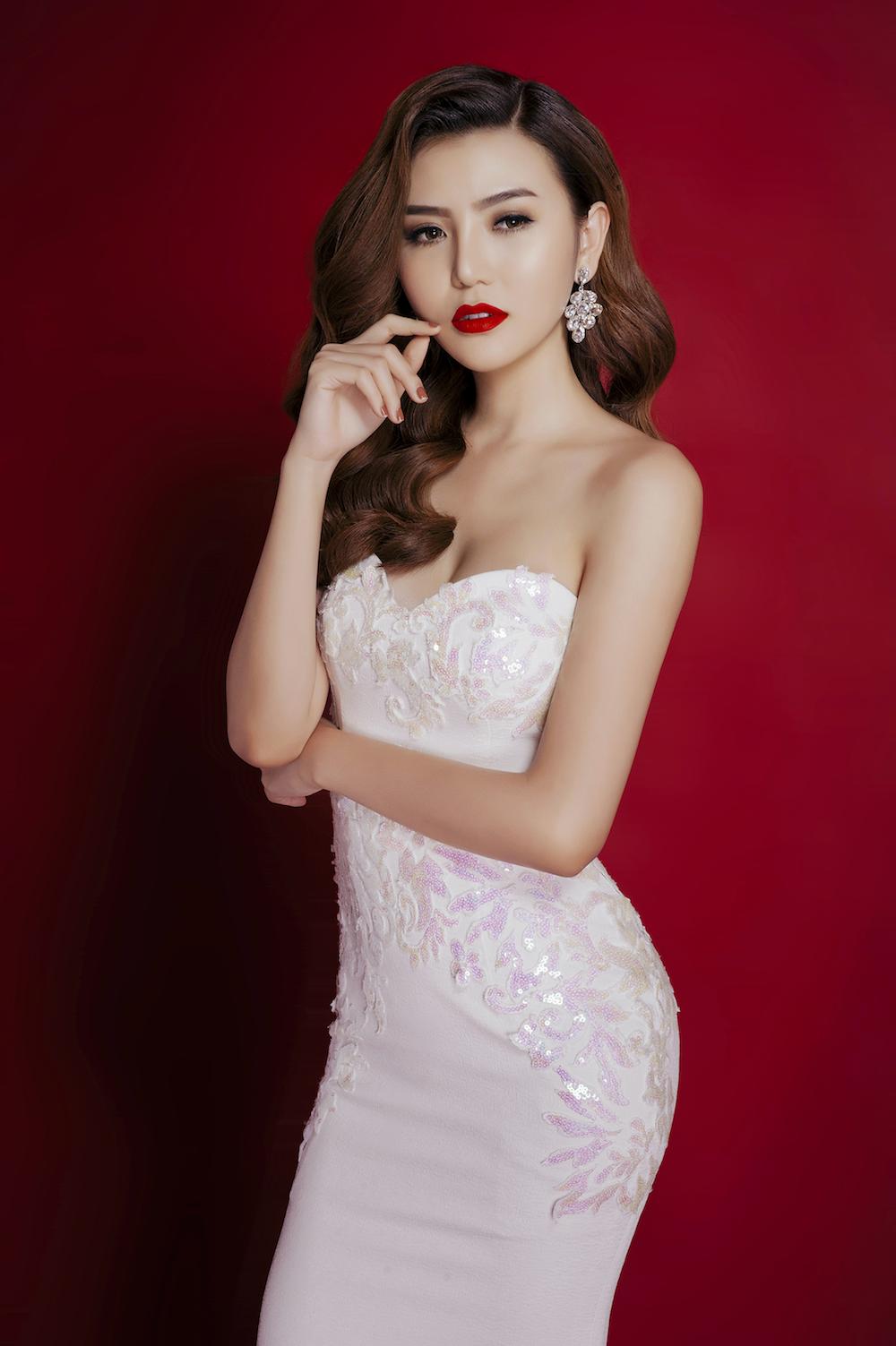 Với sự đầu tư chăm chút và kỹ lưỡng cho từng bộ trang phục, Ngọc Duyên mong muốn giới thiệu một hình ảnh đại diện Việt Nam rạng rỡ và chỉnh chu nhất tại Miss Global Beauty Queen 2016.