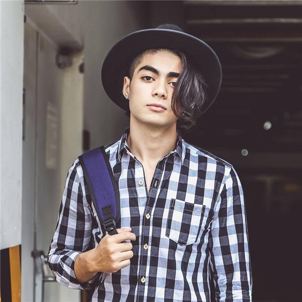 Chàng trai sở hữu vẻ ngoài đẹp trai này mang trong mình tới 3 dòng máu: Việt - Iraq - Ý. (Ảnh: NVCC)