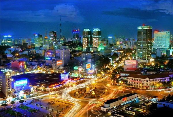 """Việt Nam đều xếp thứ hạng cao trong các hạng mục """"Làm việc ở nước ngoài"""", """"Chất lượng cuộc sống"""" và """"Mức độ dễ dàng để thích nghi""""."""