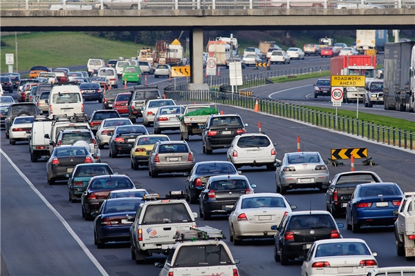 Nước Anh cũng áp dụng quy tắc giao thông đi bên trái. (Ảnh: internet)