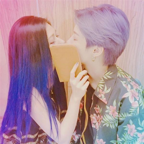 Mê mẩn vẻ ngọt ngào của cặp đôi đồng tính tiên đồng- ngọc nữ xứ Đài