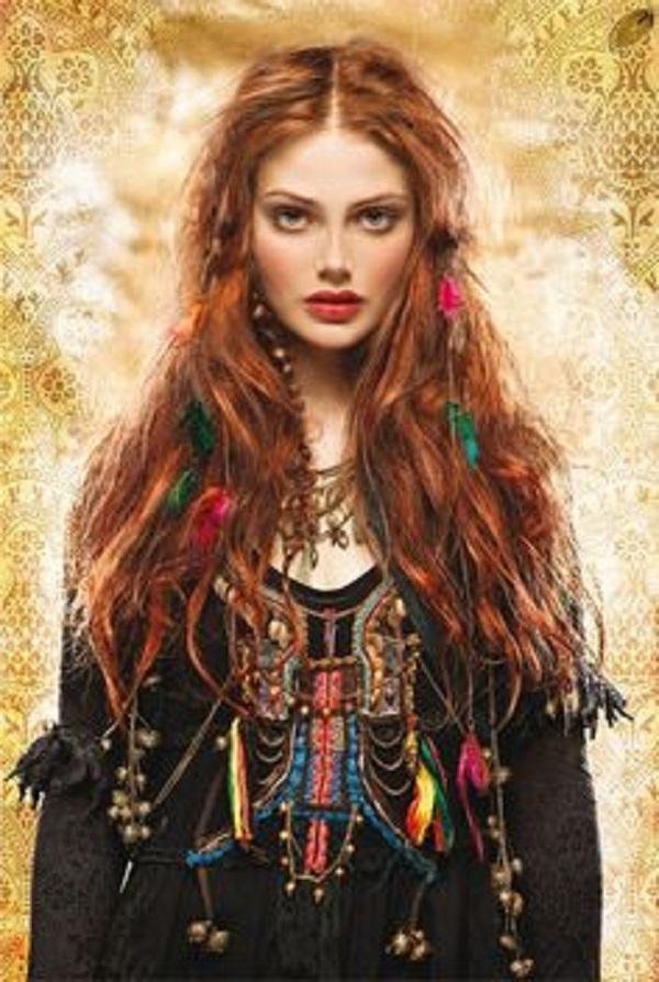 Vẻ đẹp đầy mơ mộng của một nàng hippie đích thị là Song Ngư rồi. (Ảnh: Internet)