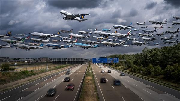 Bức ảnh này được chụp vào tháng 7 năm 2015 khi mà phần lục địa chính của Châu Âu phải trải qua cơn bão lớn mà mỗi thập kỉ chỉ xuất hiện một lần.