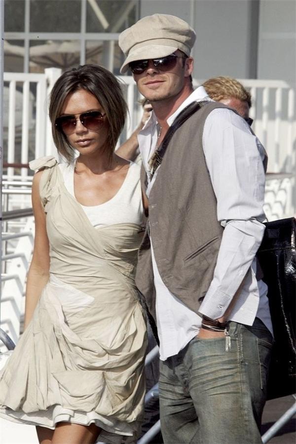 Phong cách thời trang đình đám 10 năm trước.