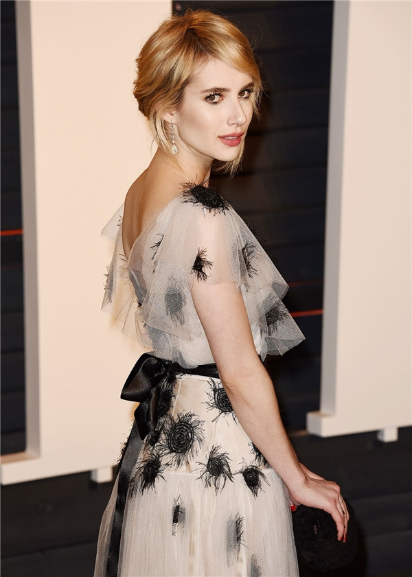 Nữ diễn viên xinh đẹp và tài năngEmma Roberts - cháu gái Julia Roberts giữ vị trí số 8.