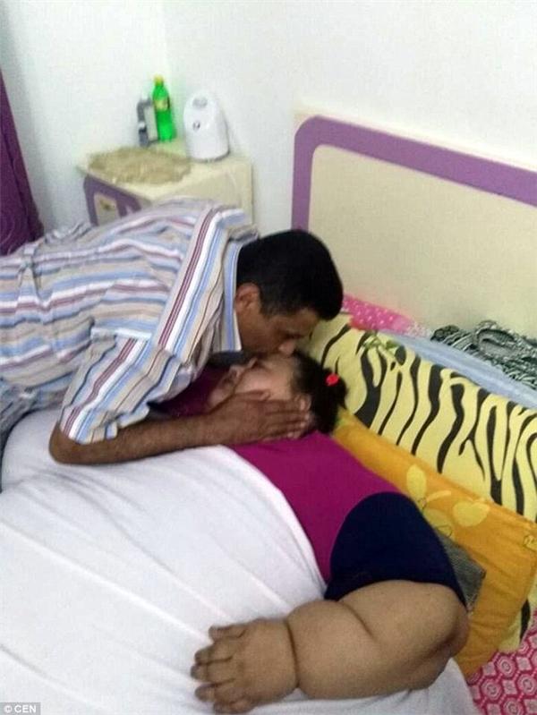 Mọi sinh hoạt của cô đều phải nhờ đến sự giúp đỡ của gia đình. Hiện cô đang được điều trị tạiBệnh viện Quân đội Maadi thuộc thủ đô Cairo.