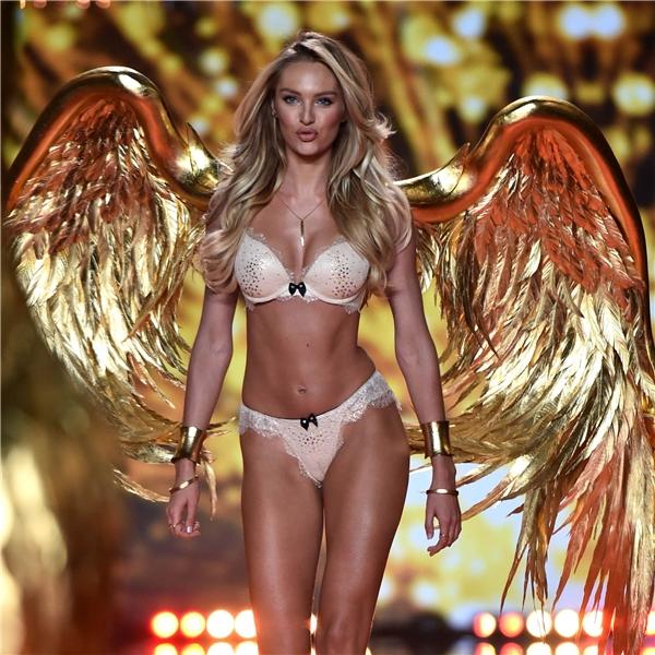 Lộ những mẫu thiết kế đầu tiên của Victoria's Secret 2016