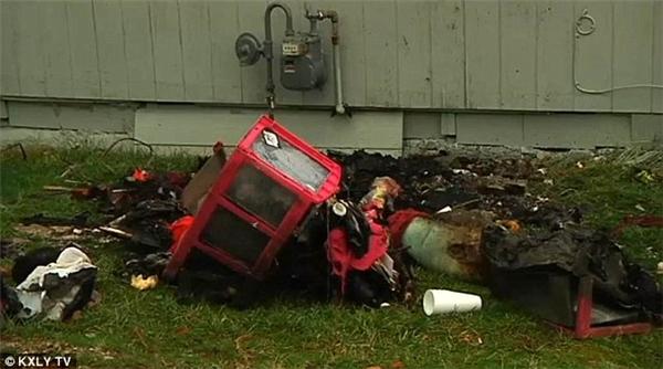 Một người lớn và 3 trẻ em khác đãmay mắn thoát chết.