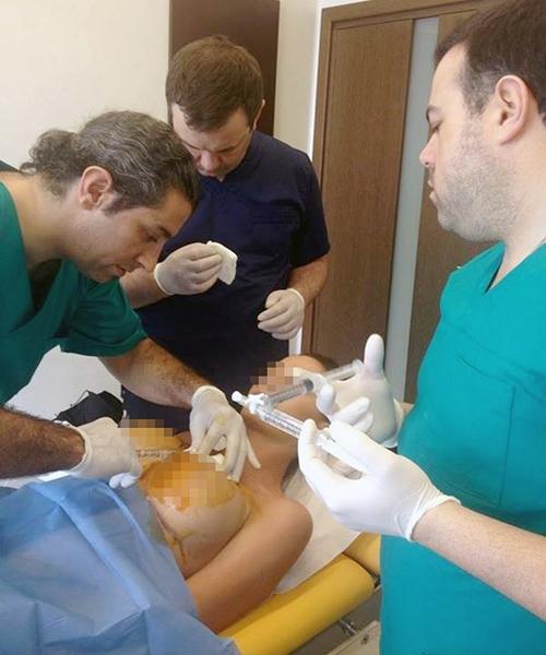 Những bức ảnh bệnh nhân khỏa thân trong quá trình phẫu thuật được bác sĩ đăng tải trên mạng xã hội.