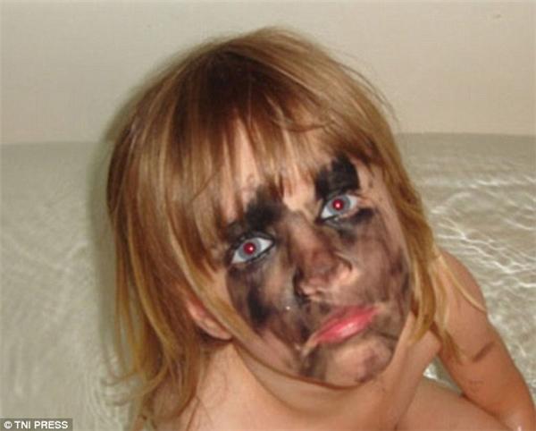 Khuôn mặt con bạn cũng đáng thương không kém chú cún kia. (Ảnh: Internet)