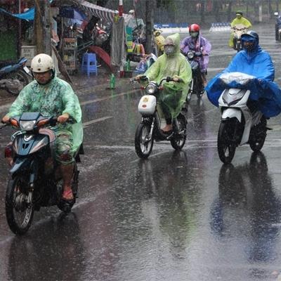 Thủ đô Hà Nộinhiều mây, đêm và sáng sớm có mưa, mưa rào và rải rác có dông, sau có mưa rào và dông vài nơi.