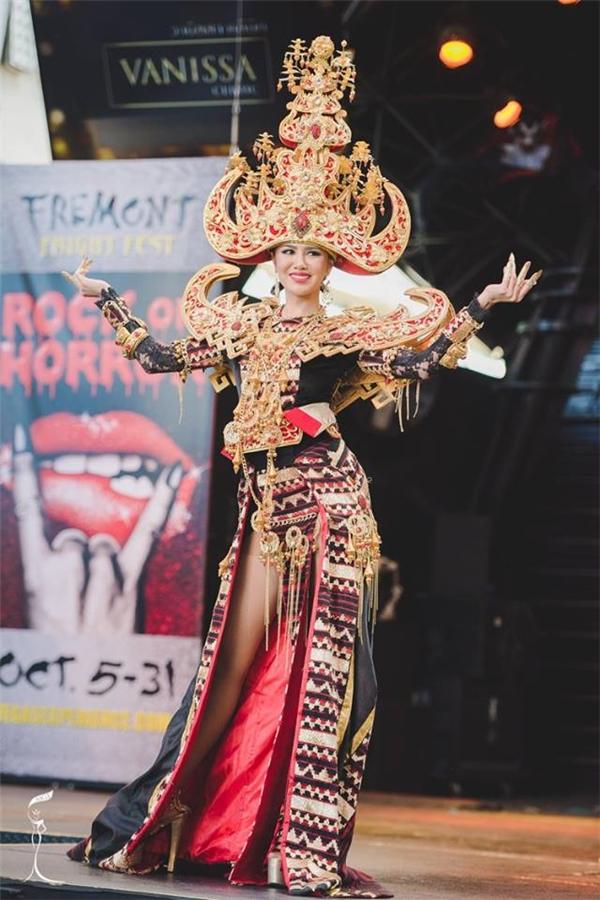 Giải Trang phục Truyền thống đẹp nhất thuộc về Indonesia