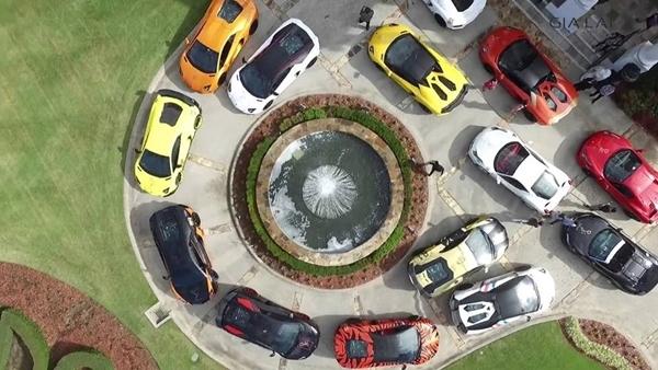 Choáng với dàn siêu xe cực đỉnh của hội dân chơi Việt trên đất Mỹ