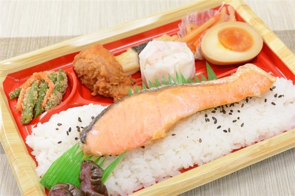 Việc ăn cá hồi rất có ý nghĩa với người dân Nhật Bản.