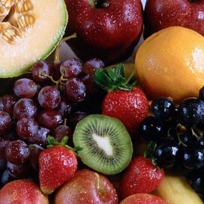 Tiêu thụ nhiều trái cây sẽ giúpbạn có hệ thống miễn dịch khỏe mạnh và tăng cường xương khớp chắc khỏe.