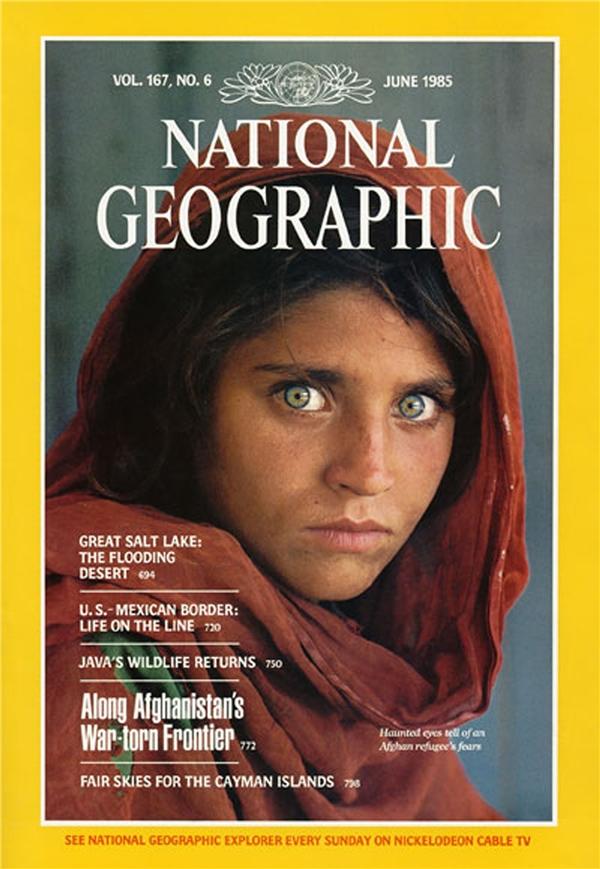 Bìa tạp chí National Geographic có sử dụng hình ảnhSharbat Gula phát hành hồi năm 1985.(Ảnh: Internet)