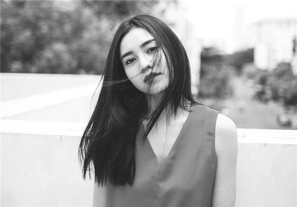 """""""Lần này, tôi cũng sẽ tham dự show diễn của nhà thiết kế Công Trí ở mùa Thu Đông này. Hi vọng, Vietnam International Fashion Week Thu Đông sẽ là một sự kiện thời trang có thể thỏa mãn được giới mộ điệu trong dịp cuối năm 2016"""" - nữ diễn viên Tấm Cám – Chuyện chưa kể tiết lộ."""