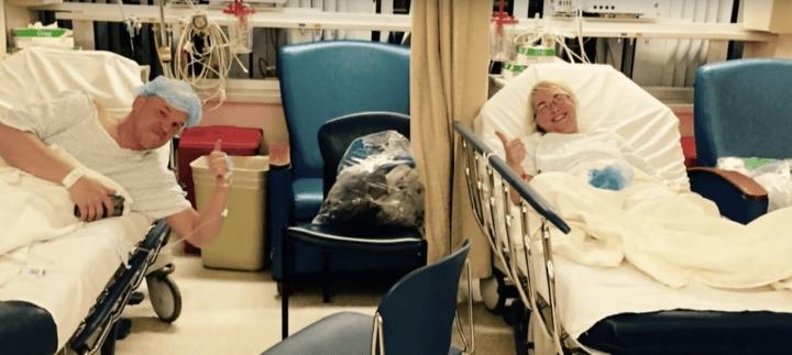 Anh Dempsey và chị Krueger sau cuộc phẫu thuật.(Ảnh: Distractify)