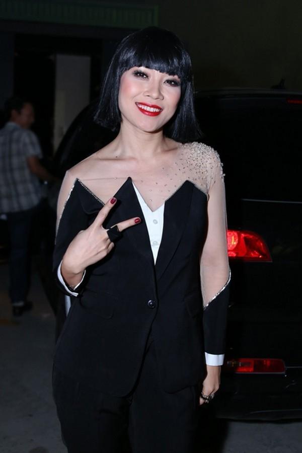 Mỹ Tâm và mái tóc maruko để đời trên ghế nóng Vietnam Idol 2013.