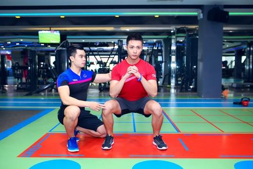 Cường Đinhdành 1-2 tiếng mỗi ngày tại trung tâm thể dục thể thao Fit24 để tập luyện cùng huấn luận viên.
