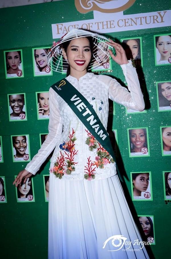 Nam Em lọt top 8 Hoa hậu Trái đất 2016