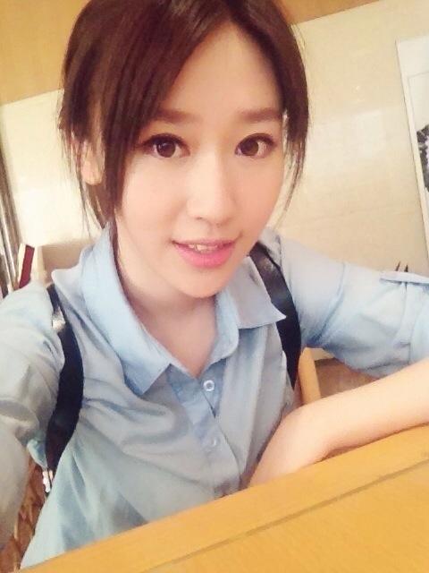 Thời đại học thành tích của Vương Âm Kì luôn nằm trong top đầu của trường.